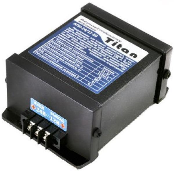 Автомобильный инвертор Titan 24-12 30A